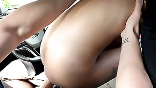 Small Tits Blonde Is Fucked In A Car