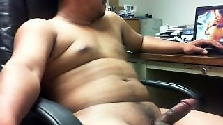 Quick Flash Of My Stroking At Work In Hawaii