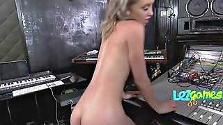 Lovely Teen Blowing Big Strap On