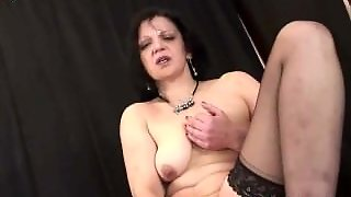 Kinky Mature Lady Wears Stockings And Loves To Suck Cock