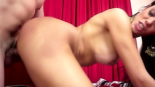 Shemale-Tranny - Beautiful Shemale Cum