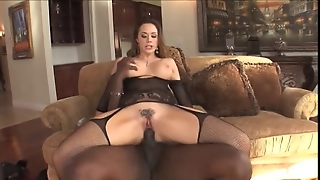Chanel Preston Is A Housewife
