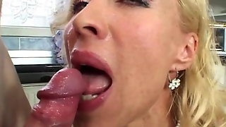 Hot Blonde Milf In Hardcore