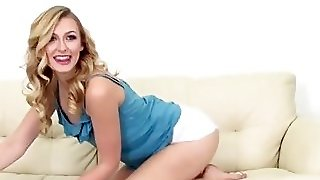Alexa Grace Cumswallowing During Webcamshow
