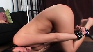 Solo Bdsm, Slave Pussy, Pussyrubbing, Sol O, Pussy Brunette, Rubbing With Pussy, I Came In Her Pussy, Milf Brunette Solo