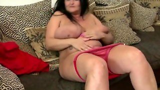 Gorgeous Big Mature Mom From Seekbbw.net With Perfect Curvy Body