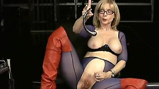 Mature Blonde In Naughty Solo
