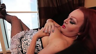Fucking Lady-Man Chick Plays A Solo And Bursts Out With Cum