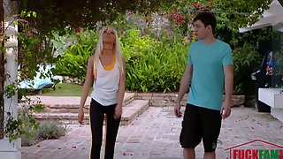 Marie Mccray In Stretching Your Stepmom