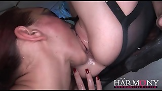 Kinky Anal Play With Lesbians In Lingerie