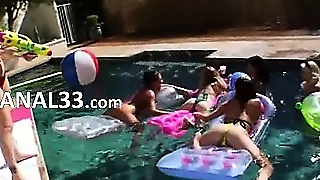 Perfect Group Anal Bang Outdoors