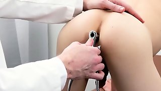 Gey Sex Daddy China And Gay Twink Boy Xxx Doctor's Office