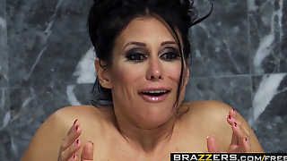 Brazzers Shes Gonna Squirt Sheila Marie And Bill Bailey Squirting In The Shower