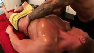 Massage Gay, Muscle Gay