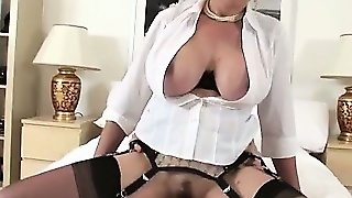 Stocking Milf Lady Sonia Facial