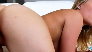 Lezzies Anal Vibrating And Licking Pussies