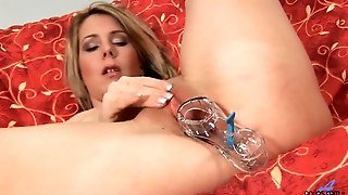 Anilos Janine Fucks Herself With A Glassy Toy Movie