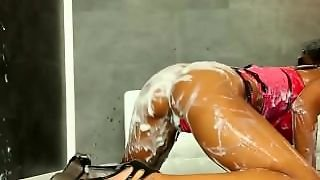 Juicy Ebony In Lingerie Extreme Solo
