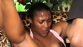 Chubby Ebony Babe Sits Her Juicy Ass Down On A Throbbing Cock