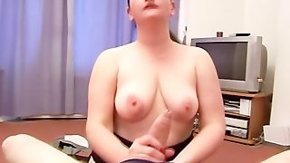 Really Mean Bbw Raven Giving A Tugjob