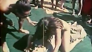 The Group Of Horny Nude Girls Go Wild In The Pool