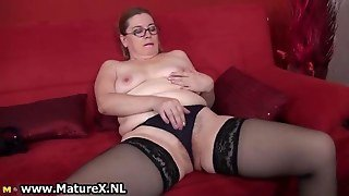 Dirty Mature Woman Getting