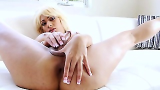 Bigtit Blonde Ts Tugging Her Hard Cock