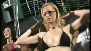 Wild Orgy With Hot Transsexuals Sucking And Riding Dicks