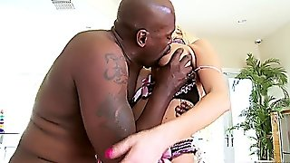 Summer Brielle's 1St Interracial