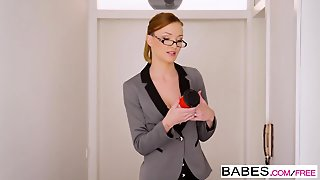 Babes - Office Obsession - Im The Captain Now