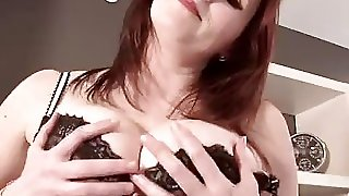 Ellinude Sexy Personal Secretary Blowjob In Stockings