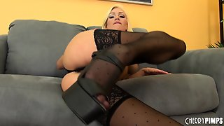 Alluring Blonde In Stockings Cameron Drills Her Wet Pussy On The Sofa