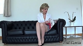 Unfaithful English Mature Lady Sonia Exposes Her Gigantic Bo