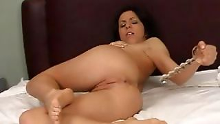 Kream Inserting A Glass Toy And Squirting