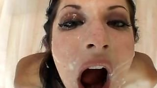 Chelsie Rae - Swallows Lots Of Milk Chocolate Like A Slut