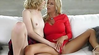 Alexis Couture And Chloe Fawx Pleasuring