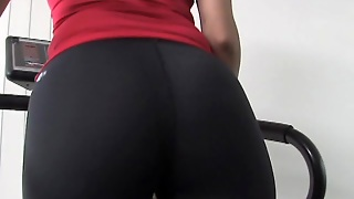 Gym Pigtail Babe Wants Her First Hardcore Class Recorded!