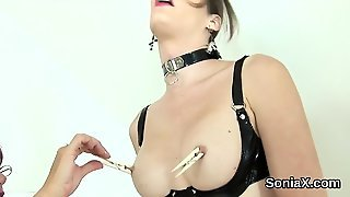 Adulterous Uk Milf Lady Sonia Showcases Her Huge Boobs