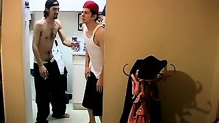 Gay And Boy Sex Video Ian & Dustin Desperate To Piss!