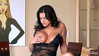 Attractive Arousing Black Haired Glamorous Babe Sunny Leone With Massive Juicy Tits, Heavy Make Up And Curvy Body Figure In Sexy Lingerie Uses White Vibrator To Make Herself Cum