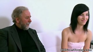 Old Goes Young - Alisa Gets To Learn How Top Suck Cock Properly