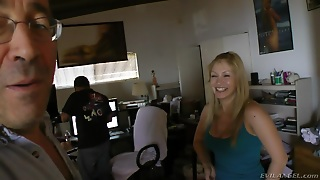 Reality Backstage Video Of A Busty Chick Showing Cleavage