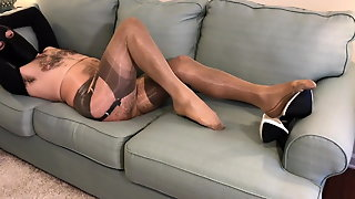 Nylon Layers & Cum Shot