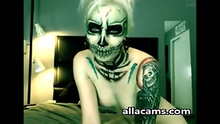 Horror Webcam Girl On Allacams.com