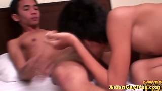 Gay Asian Amateur Twinks Piss On Eachother