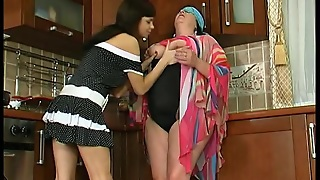 Granny Victoria - Pussy Loving Granny On Video