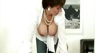 Nasty Mature Brit Busty Lady Sonia