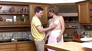Guy Fucks Hot Mature Mom In The Kitchen