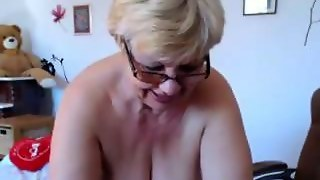 Fat Granny Shows Off Her Big Saggy Tits On Webcam