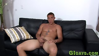 Hot Soldier Solo Tugging